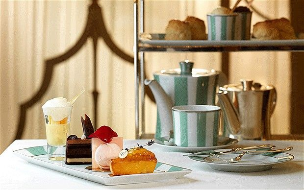 London - English tea - Top 10 destinations in London for afternoon tea.  Telegraph, 2012.