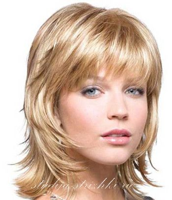 Женская стрижка Каскад с окрашиванием песочный блонд, фото 1