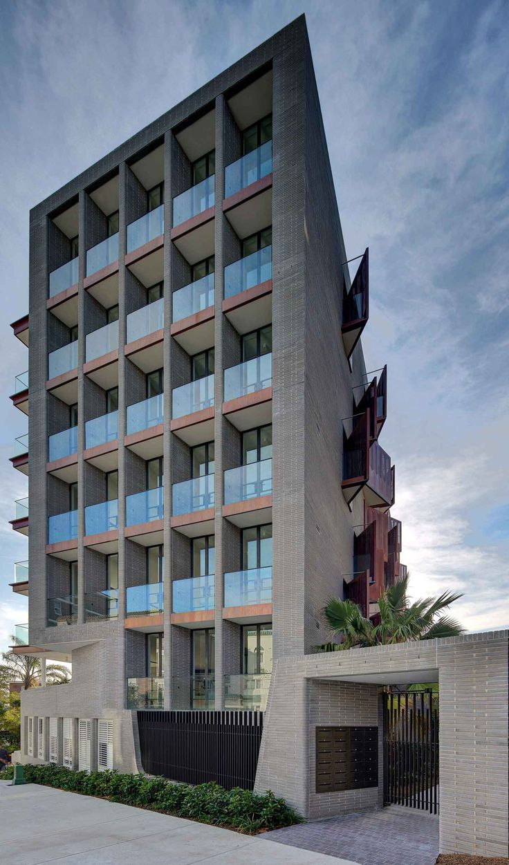 10 Wylde Street Luxury Apartments in Sydney's Potts Point by SJB.