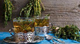 Buvez ce thé au thym chaque matin pour soulager vos douleurs musculaire et articulatoires chroniques.