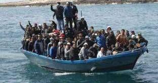 Tragedia del mare: in 600 su un barcone, almeno 20 morti
