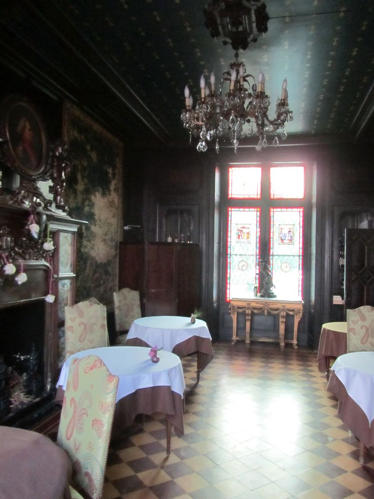 Amboise (Loire Valley), France - Chateau de Pray 1244, the dinning room.  Only 8 tables.