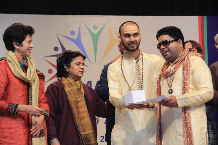 Receiving the award from Kumari Shailja