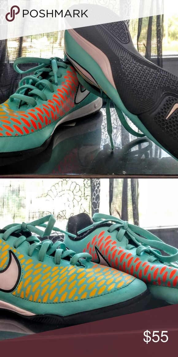 """Nike tennis shies Colorful Nike shoes my daughter bought and decided they weren't """"her style"""" anymore..well we were visiting another state lol...NEVER worn..they say 4Y but she's just got a small foot so if u do too then these are for u!! Nike Shoes Sneakers"""