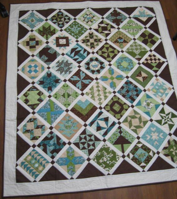 Reversible Farmers Wife Quilt. What a time intensive quilt.  Be sure to check out the other side of this quilt posted on this board.  Such different looking quilt tops.  Modern fabrics in one and one that has a Christmas feel to it.
