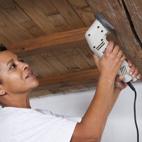 1000 id es sur le th me poutres apparentes au plafond sur - Repeindre un plafond ...