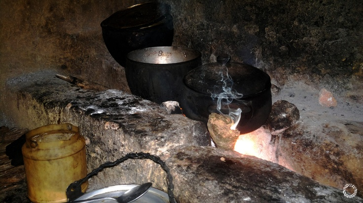 Fog n ancestral cocina de le a puyango loja ecuador - Cocinas de lena ...
