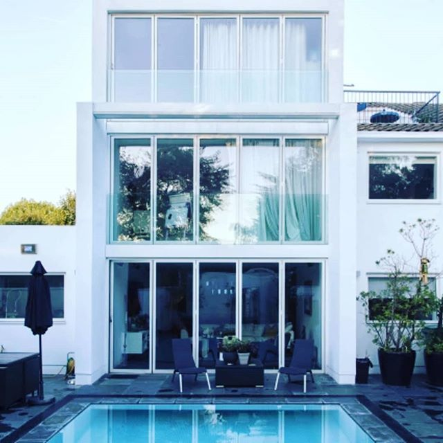 Book yourself a home with a Pool for August! A rare sight in London! Find it at www.stay.com!  #london #travel #swimming #summer #visitlondon #secretlondon #bealocal #tourist #home #wanderlust #goodvibes #stay #vacation #family