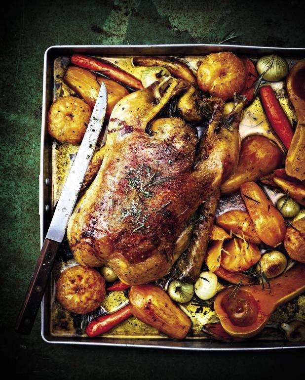 Canette rôtie au marsala, légumes de Noël et clémentines pour 4 personnes - Recettes - Elle