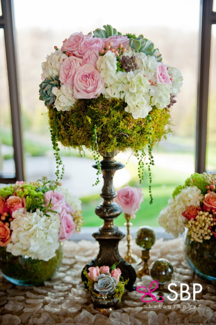 Floral and styling :: Ooh La La Designs : photo cred sbp photograghy