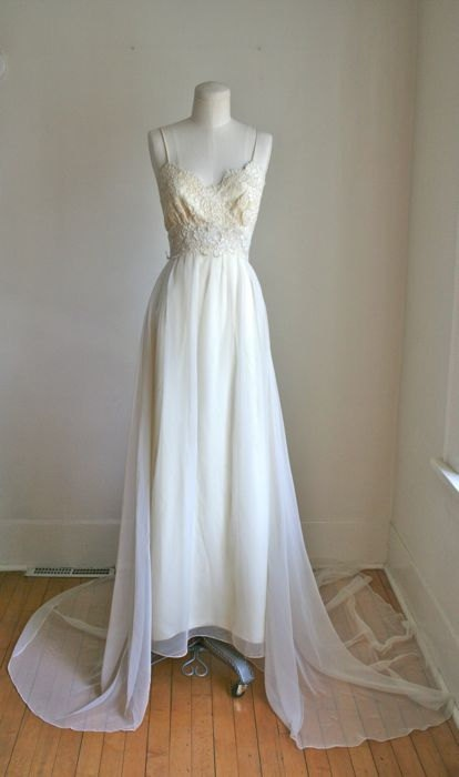 vintage 60s wedding dress - SPRING AHEAD ivory lace wedding gown / XS. $168.00, via Etsy.
