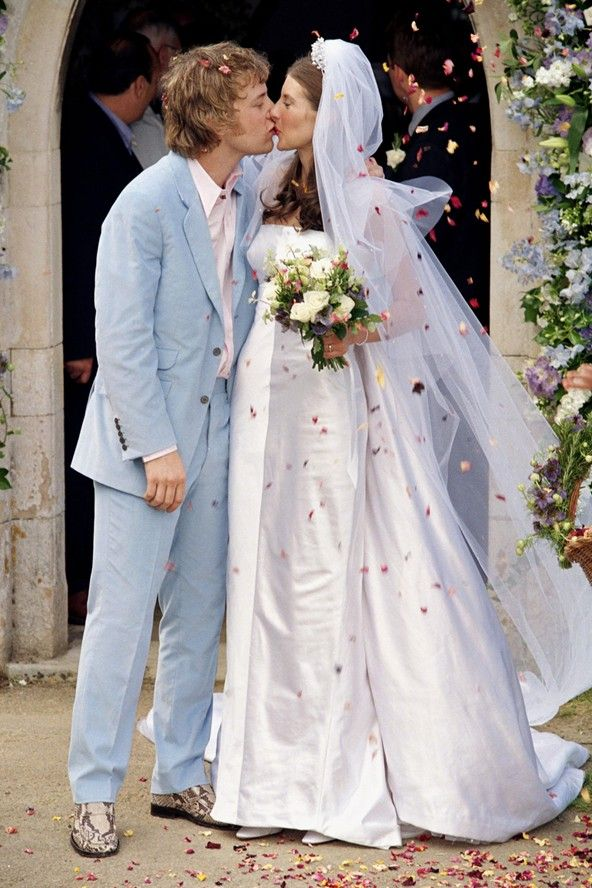 Jamie Oliver wed school sweetheart, Jools, at a church service in his home county of Essex.  They had dated ten yrs. and have since had four children.