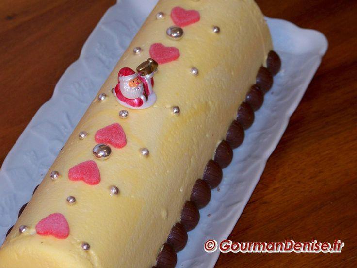Bûche de Noël aux fruits exotiques et au chocolat