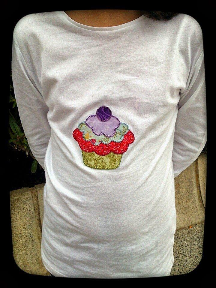 Mi rinconcito de labores: Camiseta Patchwork Cupcake