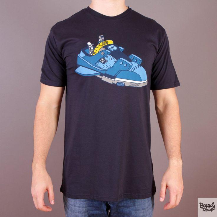 Czarna koszulka DC Ghica Ship 2 SS T-shirt Ghica Popa Black Isis  / www.brandsplanet.pl / #dc shoes #skate #skateboarding
