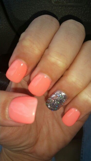 Coral gel nails... Perfect for the beach!!!