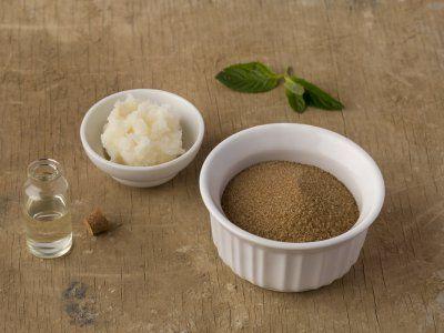 Cómo hacer una crema exfoliante para piesCómo hacer una crema exfoliante para pies