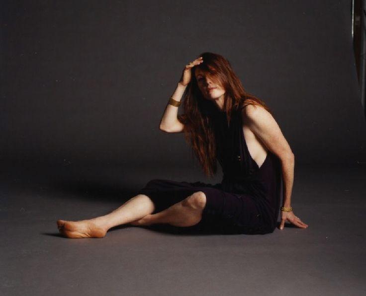 Julianne-Moore-Feet-260236.jpg 1.000×810 píxeles | Moore J ...