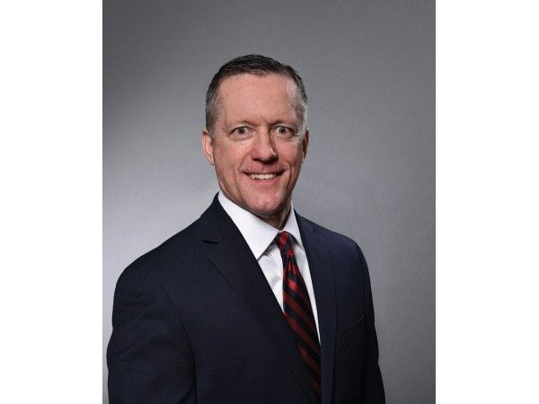 First Bank & Trust Announces Hire of Steven P. Jamnik as Senior VP Commercial Banking