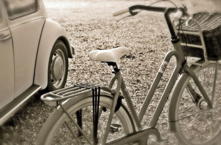 The Batavus BUB & the Beetle. Both with distinctive features. One of the stills I did of the Batavus bicycle collection 2013.