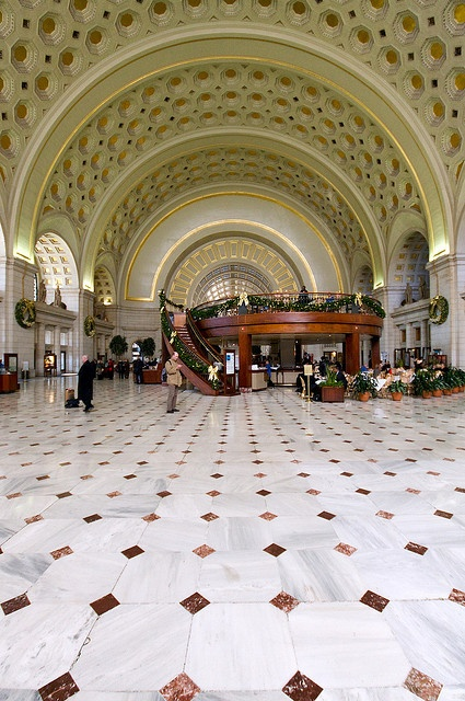 Union Station in Union Station, Washington, DC, US - by koffiejunkie, via Flickr