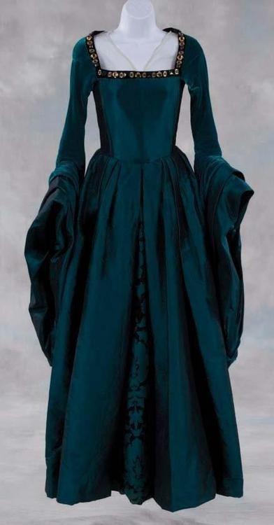 Beautiful Vintage Gown ~ Teal