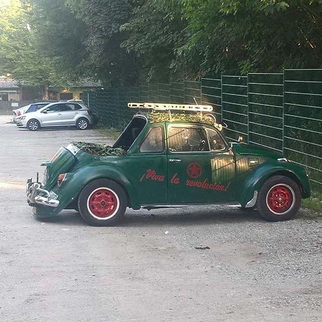 Neulich auf dem #parkplatz sehe ich das #auto 🚗  xd #lol #fun #lustig #käfer #car #nice #wtf #instalike #instagram #boom #haha #happy #peace #crazy #tuning #germany #foto #bild #loveu #beautiful #awesome #wtf #holyshit #woodstock #humour #comedy #picoftheday
