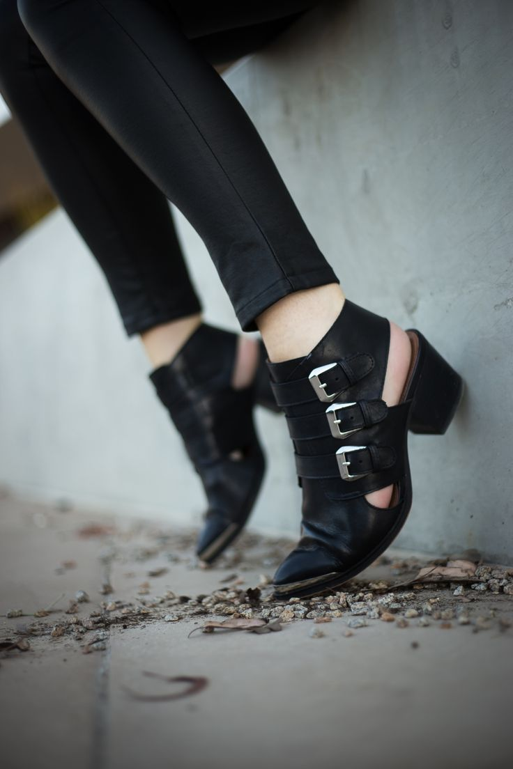 Cut Out Boots | Winston & Willow #shoes #cutoutboots #walkit