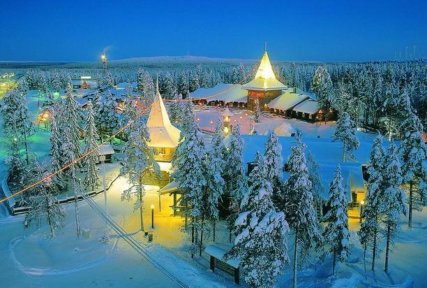 Considerada como el pueblo de Papá Noél: Napapiiri – Rovaniemi, Finlandia. #ciudadesnavideñas