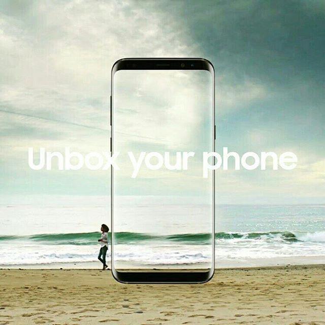 Once again a good news is here! Pekan ini Samsung resmi merilis smartphone flagship teranyarnya: Samsung S8 dan Samsung S8 Plus. Berbeda dengan smartphone lansiran Samsung lainnya series S8 tampil stunning melalui 'Infinity Diplay' yang membentang pada layar 5.8 inch dan 6.2 inch Super Amoled tanpa sentuhan home button yang telah menjadi signature smartphone asal Korea ini. Dilengkapi dengan material Corning Gorilla Glass 5 Samsung S8 series tersebut juga dibekali dengan 10 nm chip yang…