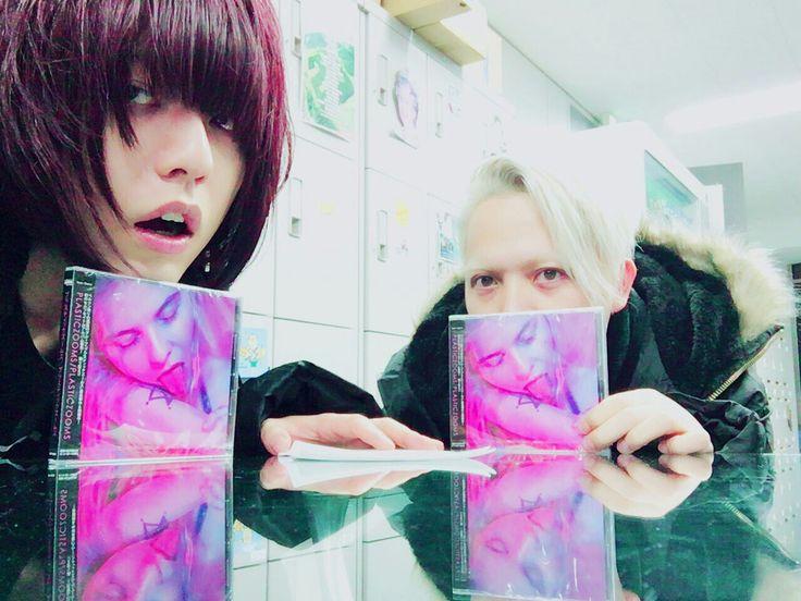 Asakawa Sho / Plasticzooms Twitter @PLASTICZOOMS @Sho_Asakawa