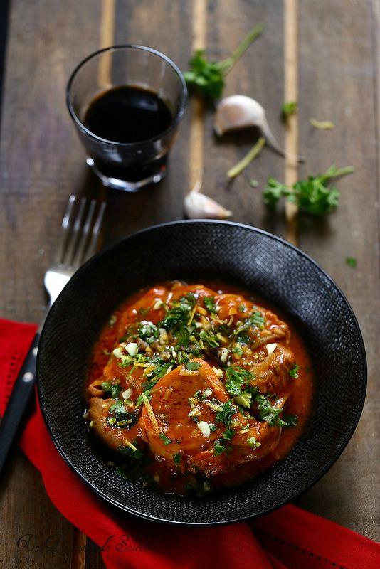 Osso buco (et non pas osso bucco ;-), moins puriste puisqu'avec de la tomate | un déjeuner de soleil