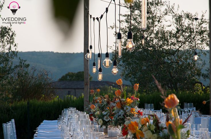 Vintage Edison Bulbs installation at Gaiole in Chianti. #tuscany #chianti #italy #weddingintuscany #weddinginitaly #weddingparty #bulblights #vintage #stringlights #fairylights #chianticool #gaioleinchianti #edison #edisonbulbs #bulbs #vintagebulbs #weddingdecor