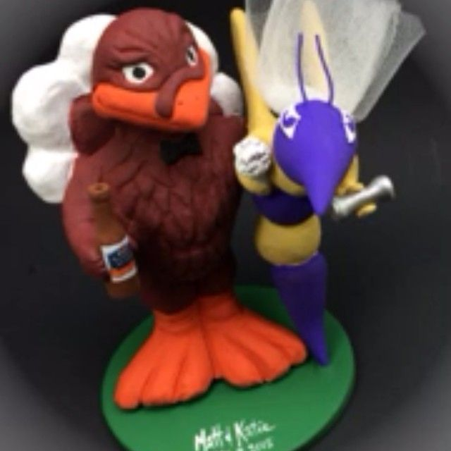 Hokie Bird weds defiance wasp wedding cake topper by magicmud.com 1-800-231-9814 #hokie bird #college mascots #defiance wasp #wedding #weddingcaketopper #caketoppers #caketopper #Virginia tech