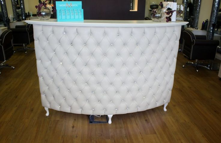 Large Curved Reception Desk Retail Cash Desk With Padded