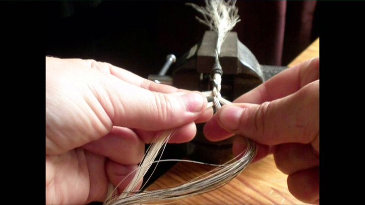 Jeweleeches: how to make a 4 strand round braid with horsehair! TUTORIAL