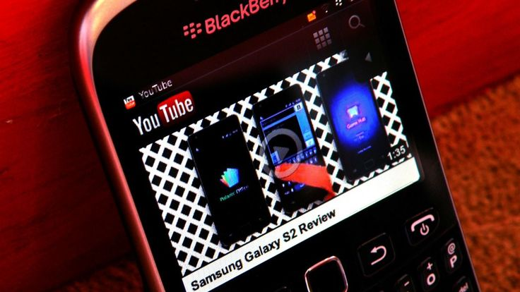 Credits roll for YouTube on BlackBerry OS 7? | Is this the end of video on older BlackBerry handsets or has Google just got its coding wrong? Buying advice from the leading technology site