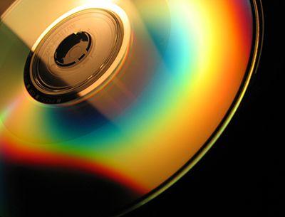 Come pulire e conservare cd e dvd http://www.comepulire.it/2012/09/11/oggetti/come-pulire-cd-dvd/
