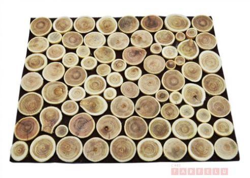 Rondins en bois, napperon | acceuil