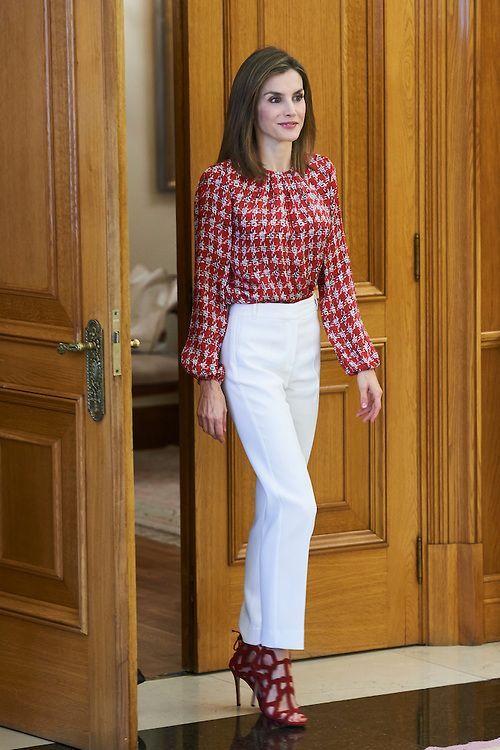 aaa54517c805 Blusas estampadas para señora | Royal Fashions en 2019 | Moda para ...