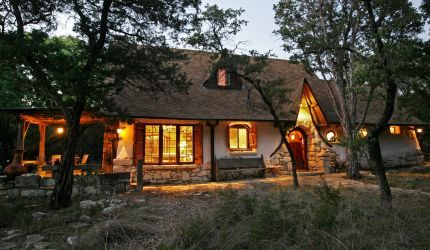 Straw House - small, crooked and totally adorable!