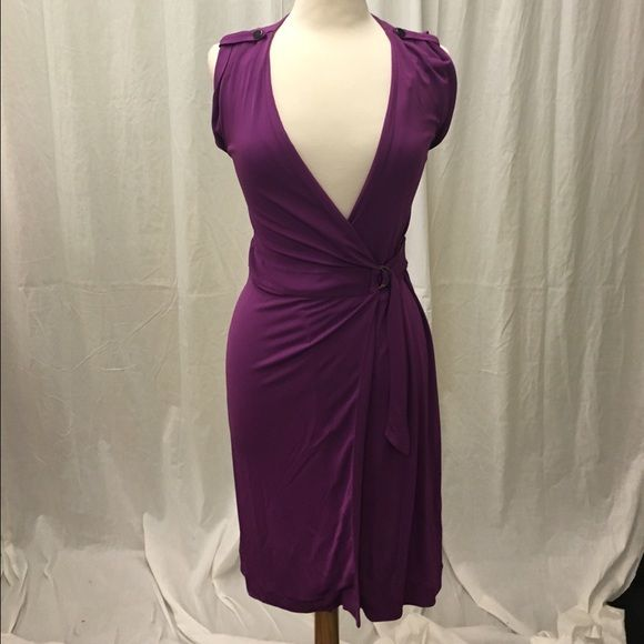 Purple Banana Republic Dress Beautiful dress by Banana Republic. Color is really nice Banana Republic Dresses Midi