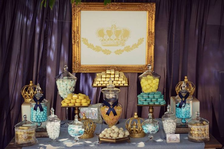 Candy table white-events.gr