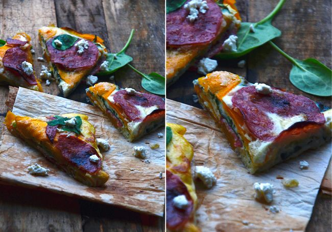 Tærte af butternutsquash med salami, hytteost og spinat
