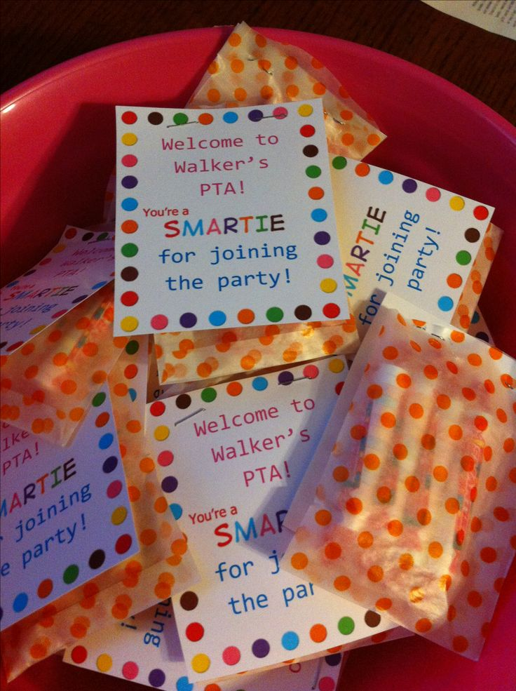 Say thanks to PTO, PTA volunteers with thisPTA Thank You treat bags