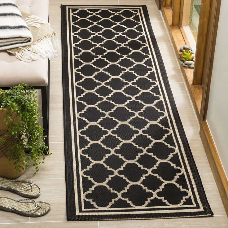 Courtyard Collection 2′-3″ X 12′ Rug in Black And Beige – Safavieh CY6918-226-212