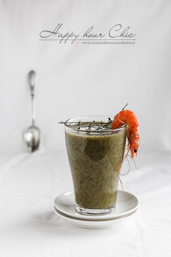 Zuppa di broccoli con gamberi al Tandoori: salutare, gustosa, appetitosa, ottimo comfort food o come simpatica versione in un Happy Hour un po' Chic