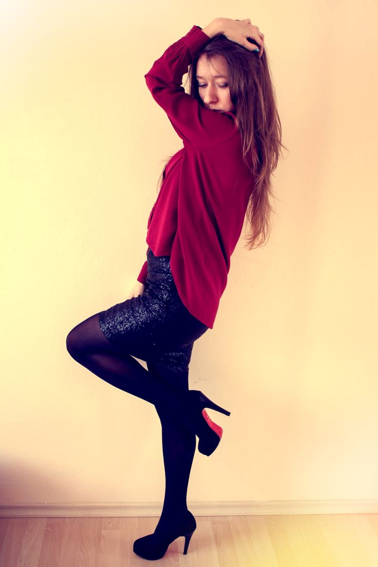 sequin skirt - Stradivarius http://cupcakethief-lavidaloca.blogspot.com/