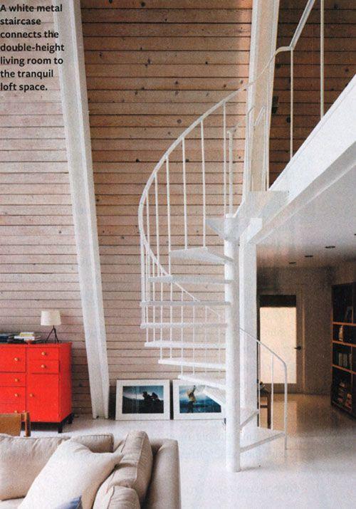 die besten 17 ideen zu wendeltreppe auf pinterest wendeltreppen treppen aus polen und ankleide. Black Bedroom Furniture Sets. Home Design Ideas