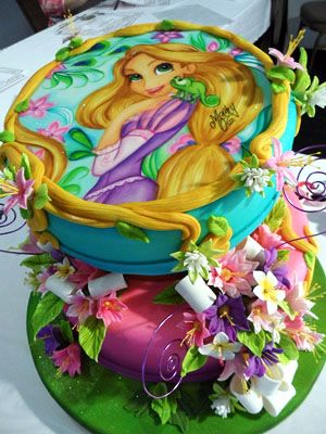 THIS WILL BE DREWS 4th birthday cake!!!!! she will love it. Stunning Rapunzel Cake!! Fashion Cake by Mechy